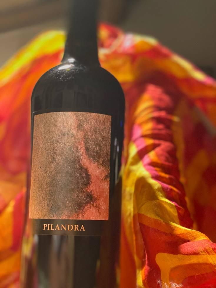 Pilandra, bottiglia di vino